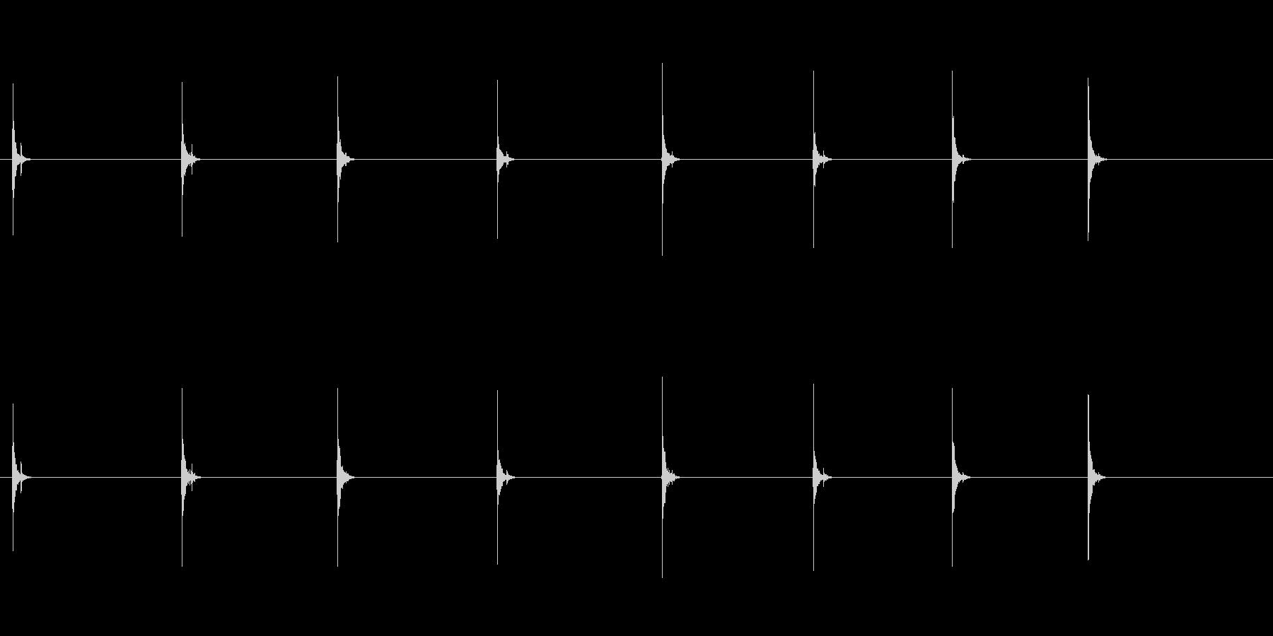 PC キーボード05-17(遠い 単発 の未再生の波形
