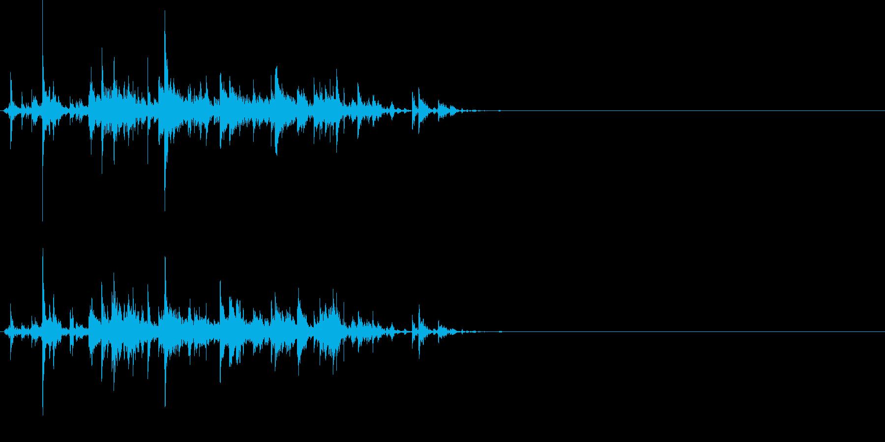 ちゃちゃちゃりーん!複数の鈴がぶつかる音の再生済みの波形
