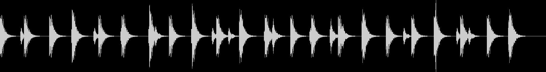 ポタポタ..。洞窟の水滴(高・長)の未再生の波形