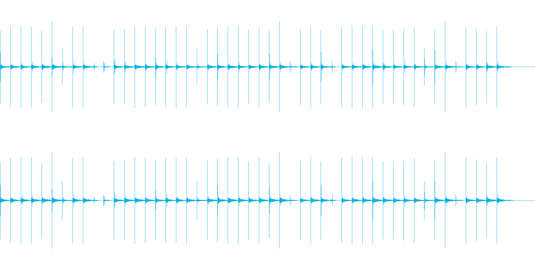 反響音のある、ハイヒールでゆっくり歩く音の再生済みの波形