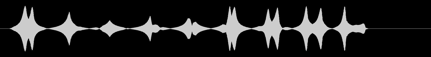 ピルルル・・・(可愛らしい小鳥の声)の未再生の波形
