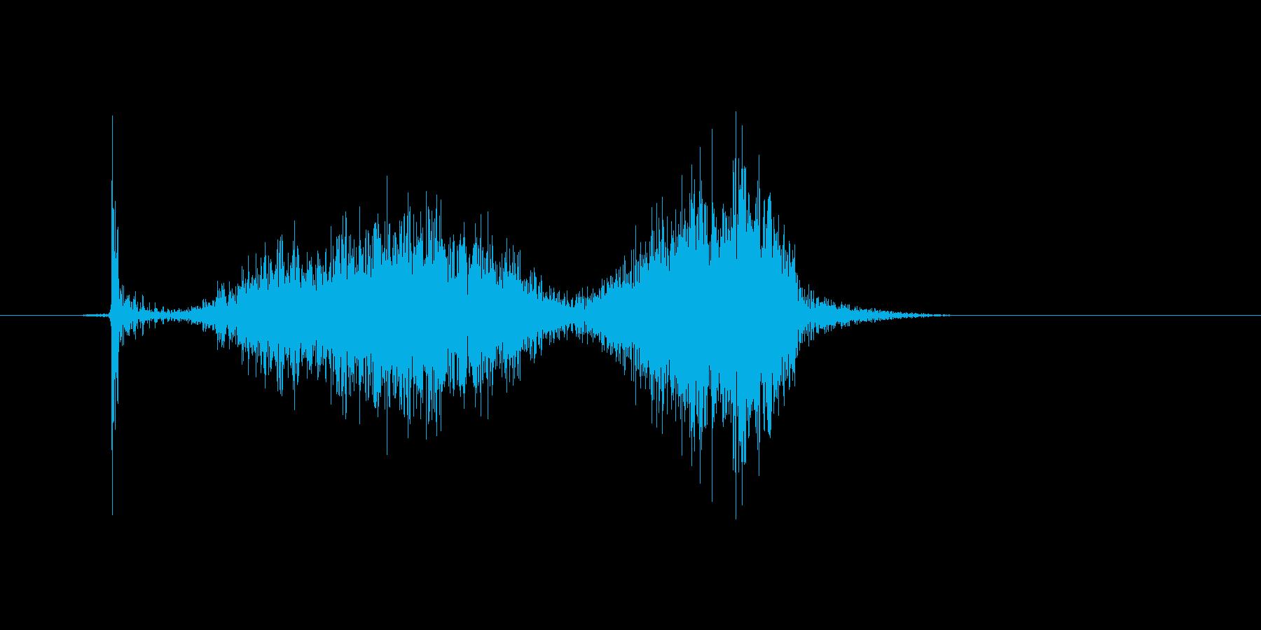 チョークで「はね」を書いたときの効果音2の再生済みの波形