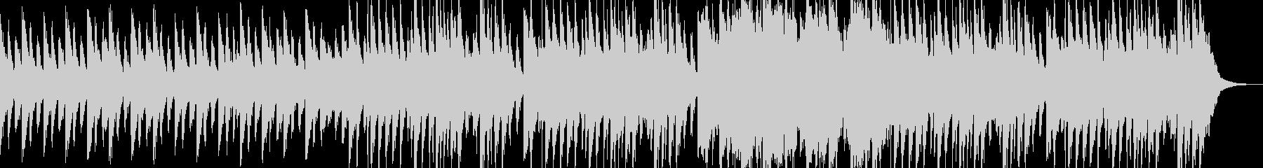 大きなバスドラム、チューバ、アコー...の未再生の波形