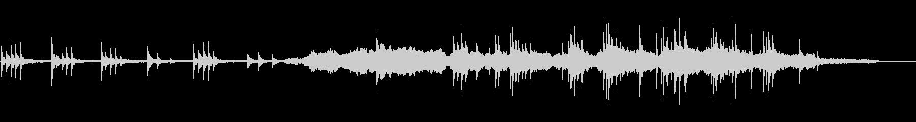ピアノ、弦楽器、オーボエ、ハープ、...の未再生の波形
