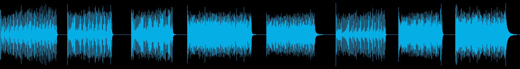 COWBELL、ロール、8バージョ...の再生済みの波形