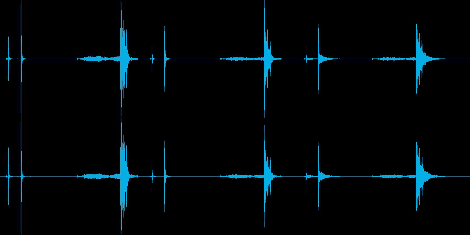 クリンクス、スプリング、3ルーム;...の再生済みの波形
