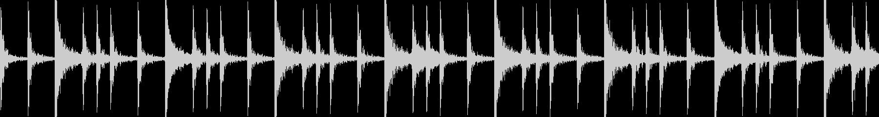 メタル系ドラムの8ビートの未再生の波形