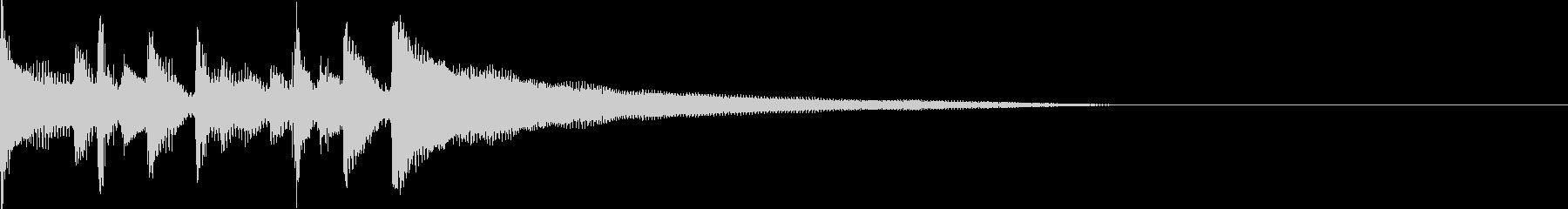 ピアノ、ハンドクラップ、アコーステ...の未再生の波形