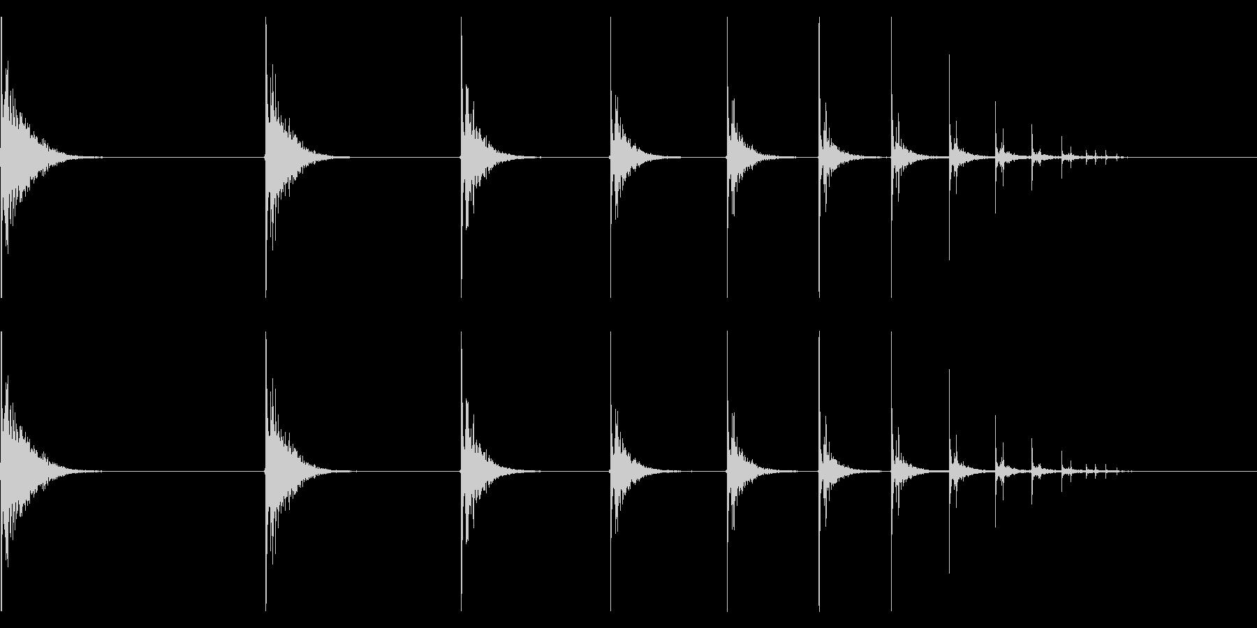【生録音】カラーボールが跳ねる音の未再生の波形