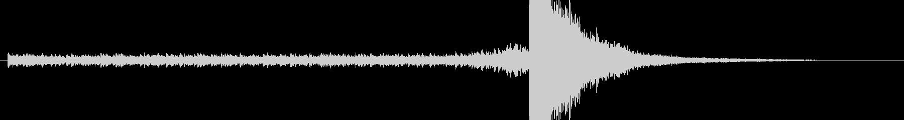 ドラムロール 長め シンバルの未再生の波形