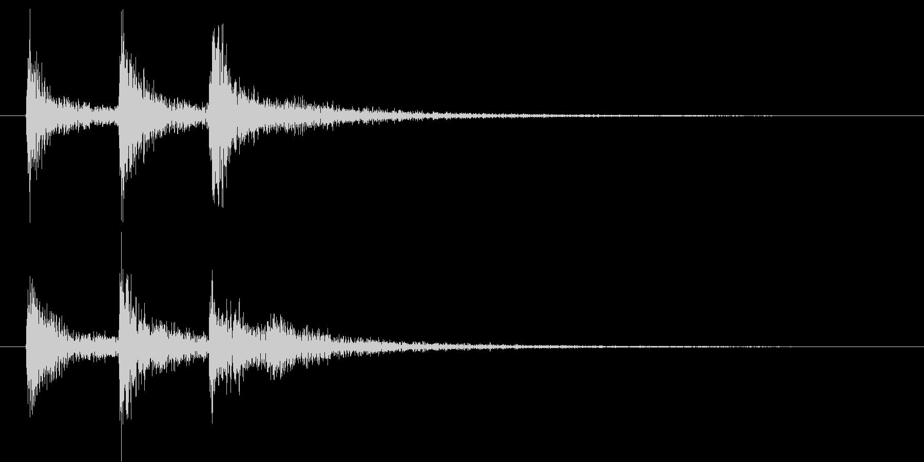 水を想起させる音で作られた短いテーマの未再生の波形