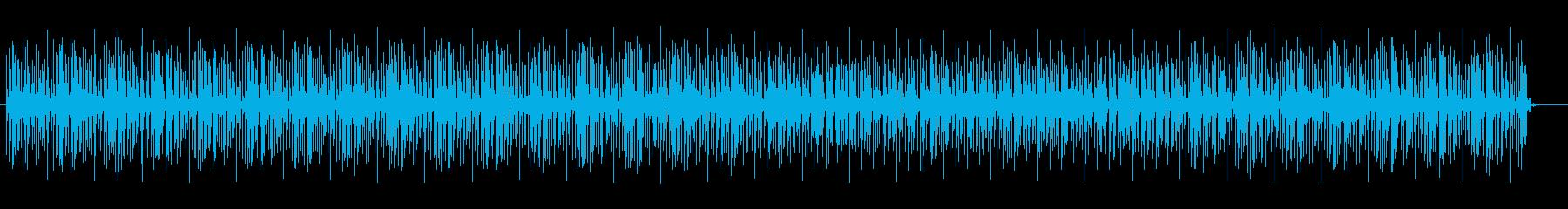 高音の空間的なループのテクノの曲の再生済みの波形