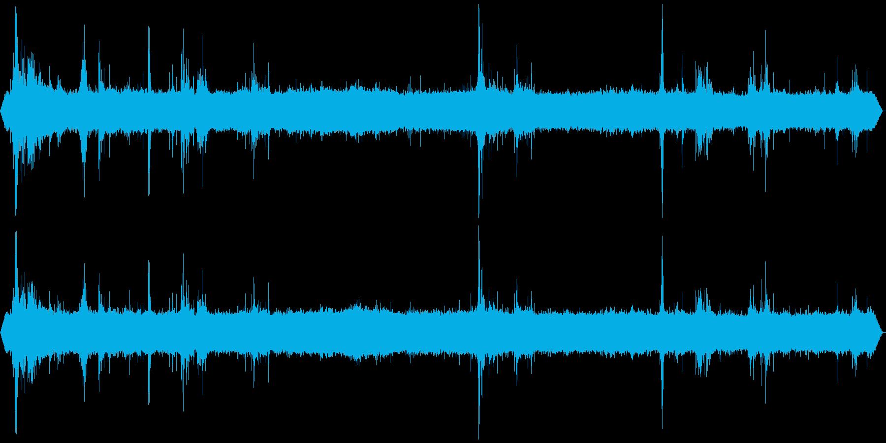 ザー ゴロゴロ スコールと雷 北海道雷雨の再生済みの波形