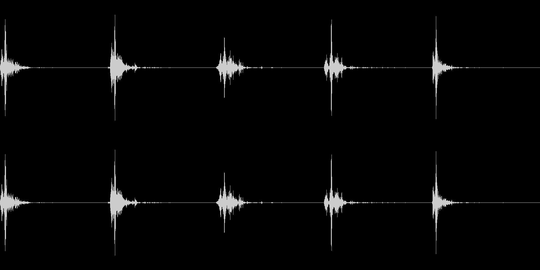 神楽鈴(小)を強く振って鳴らした音の未再生の波形