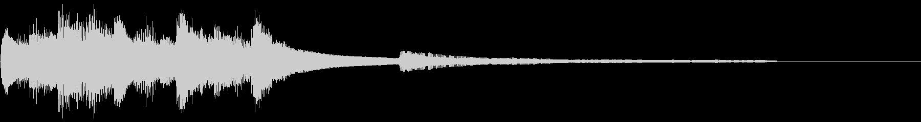 ピアノソロ:神秘的な和風ジングルの未再生の波形