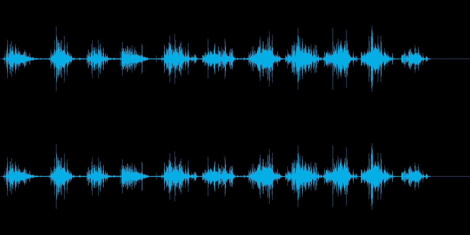 酸素ボンベを水中で呼吸するダイバーの再生済みの波形