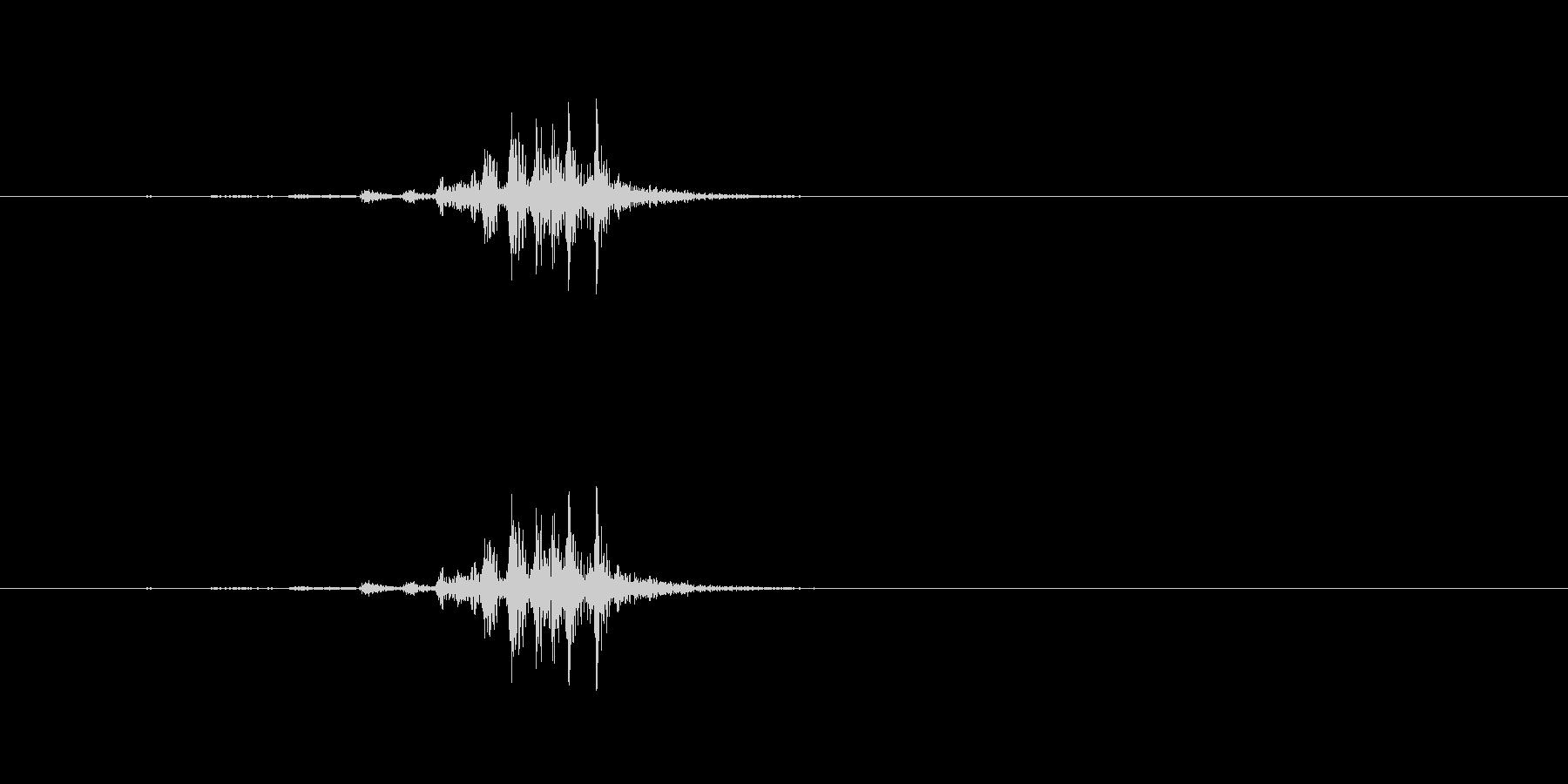 [生録音]ハサミで厚い紙を切る音の未再生の波形