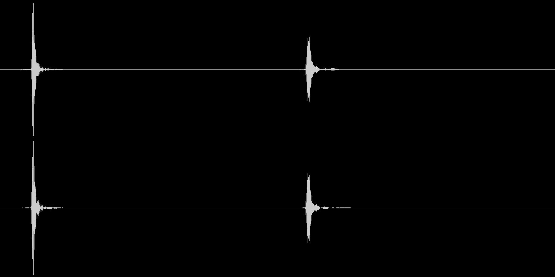 マウスのホイールクリック  (カ、コッ)の未再生の波形