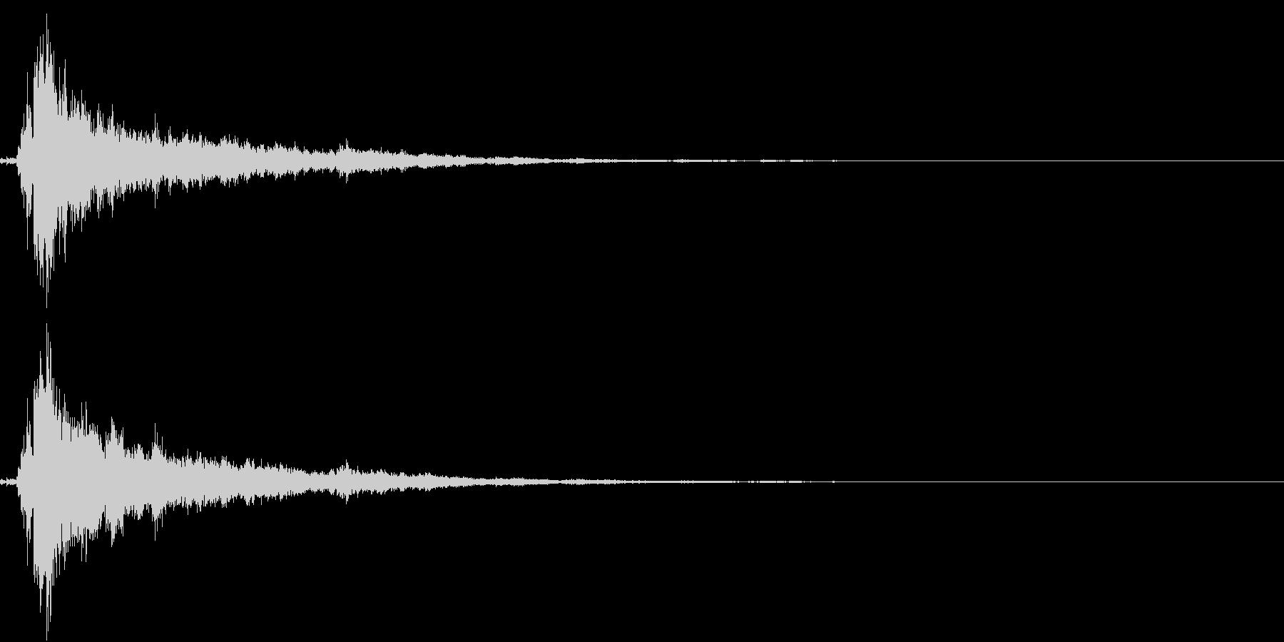 「シャン〜〜」象徴的な鈴の音1+リバーブの未再生の波形