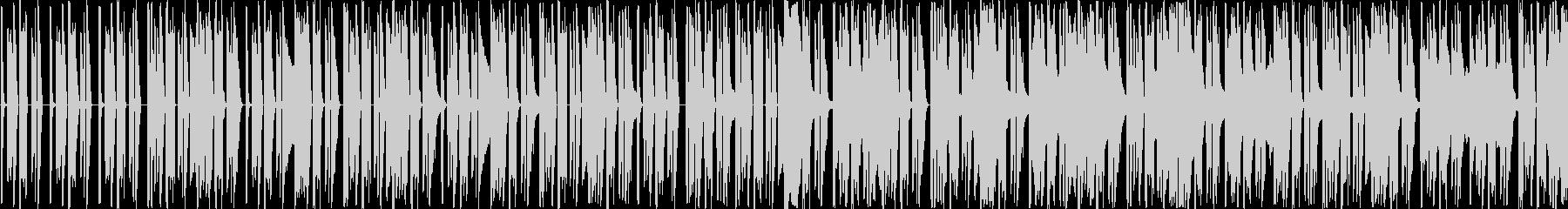 シンセ音とパーカッションだけの曲です。…の未再生の波形