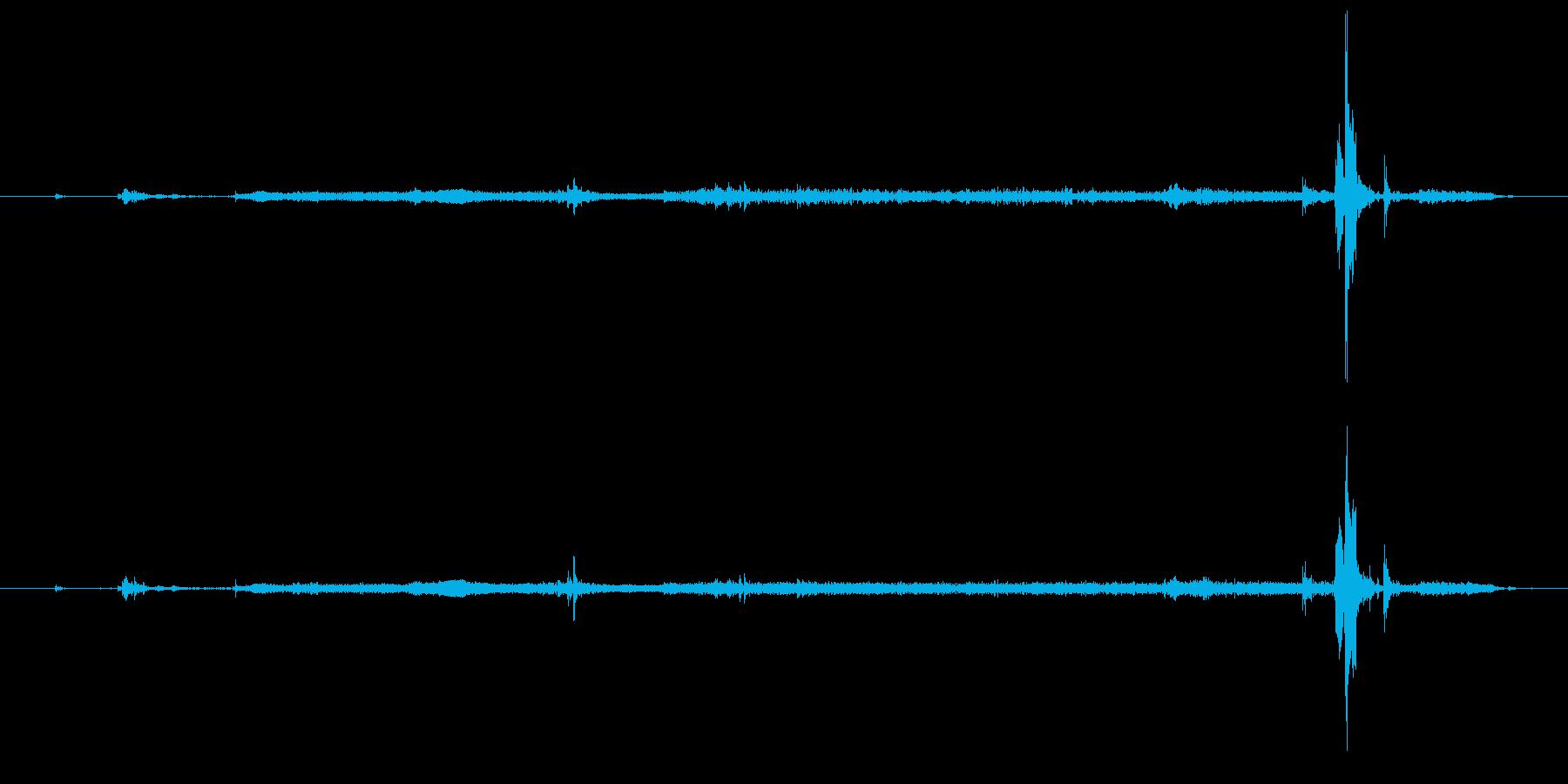 ハイ8ホームビデオカメラ:オープン...の再生済みの波形