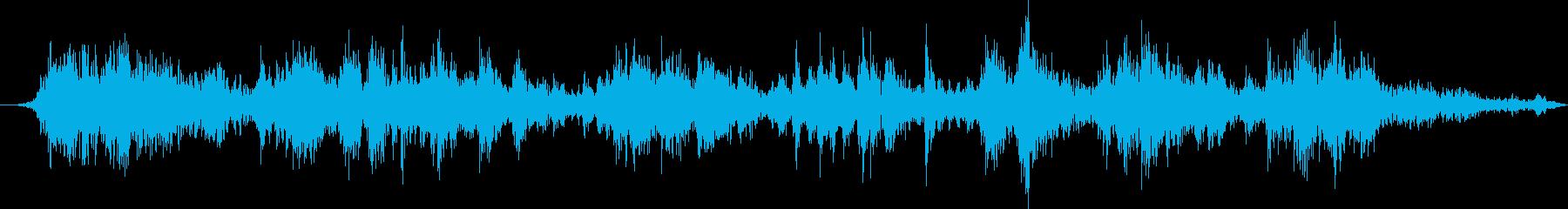 ピアノ:サウンドボードの弦の擦り傷...の再生済みの波形
