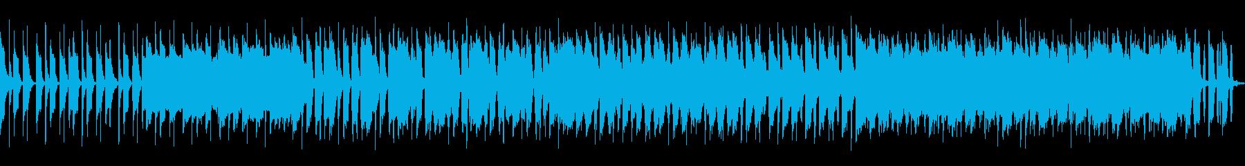 ドラム、ギターのエッジが効いたロックな曲の再生済みの波形