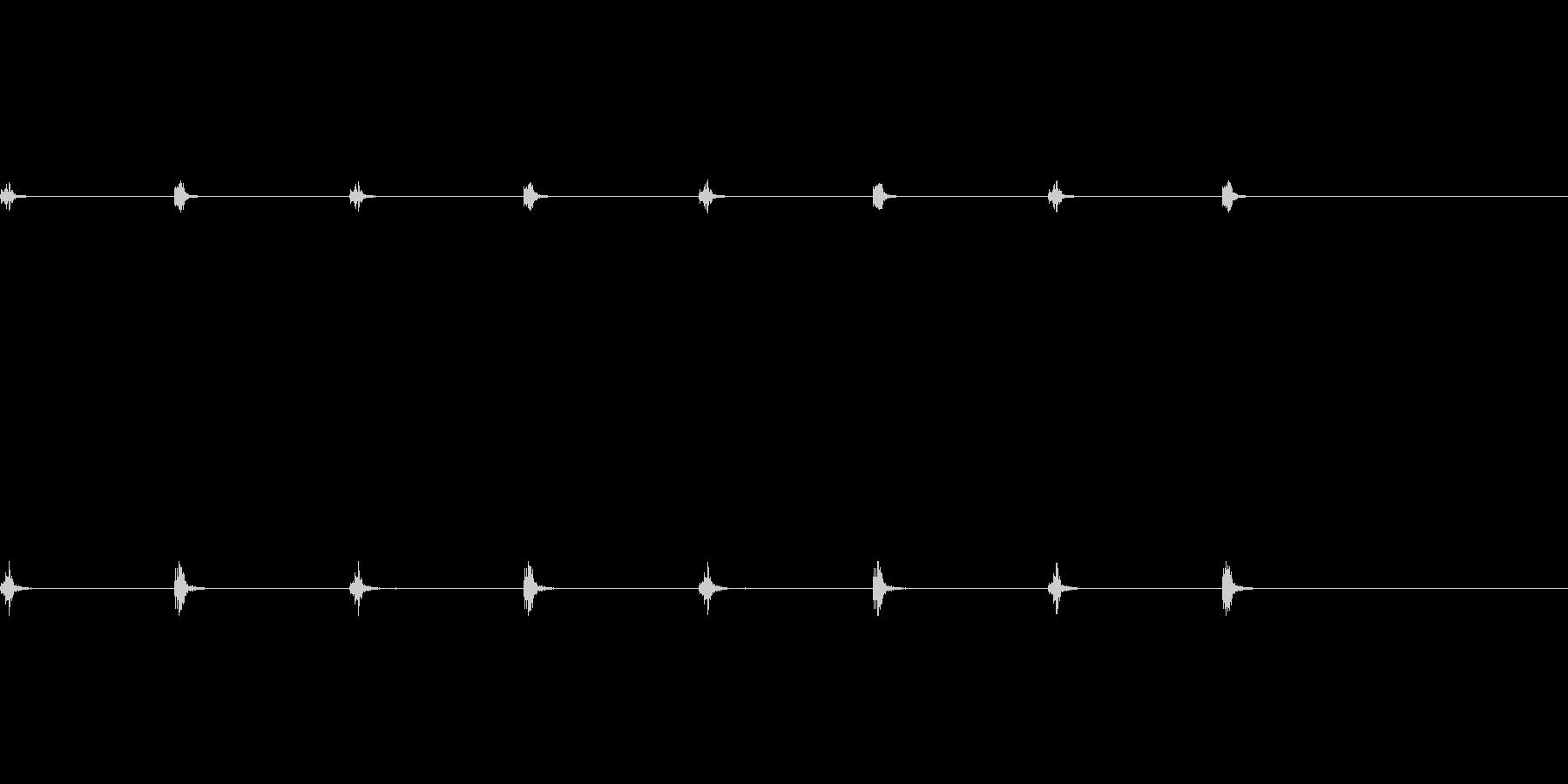 柱時計の秒針の未再生の波形