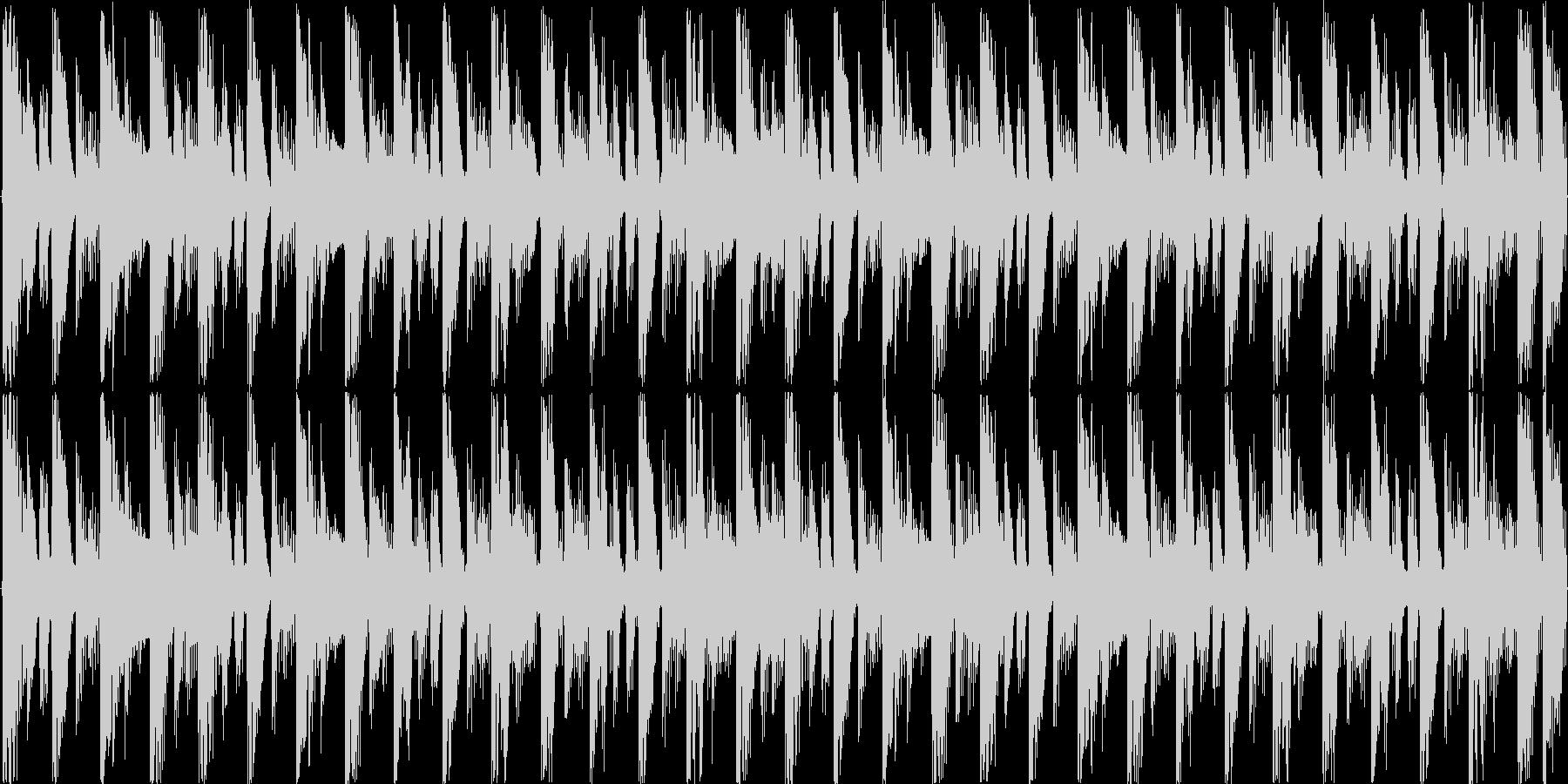 ハウスのリズムを基本にした楽曲です。の未再生の波形