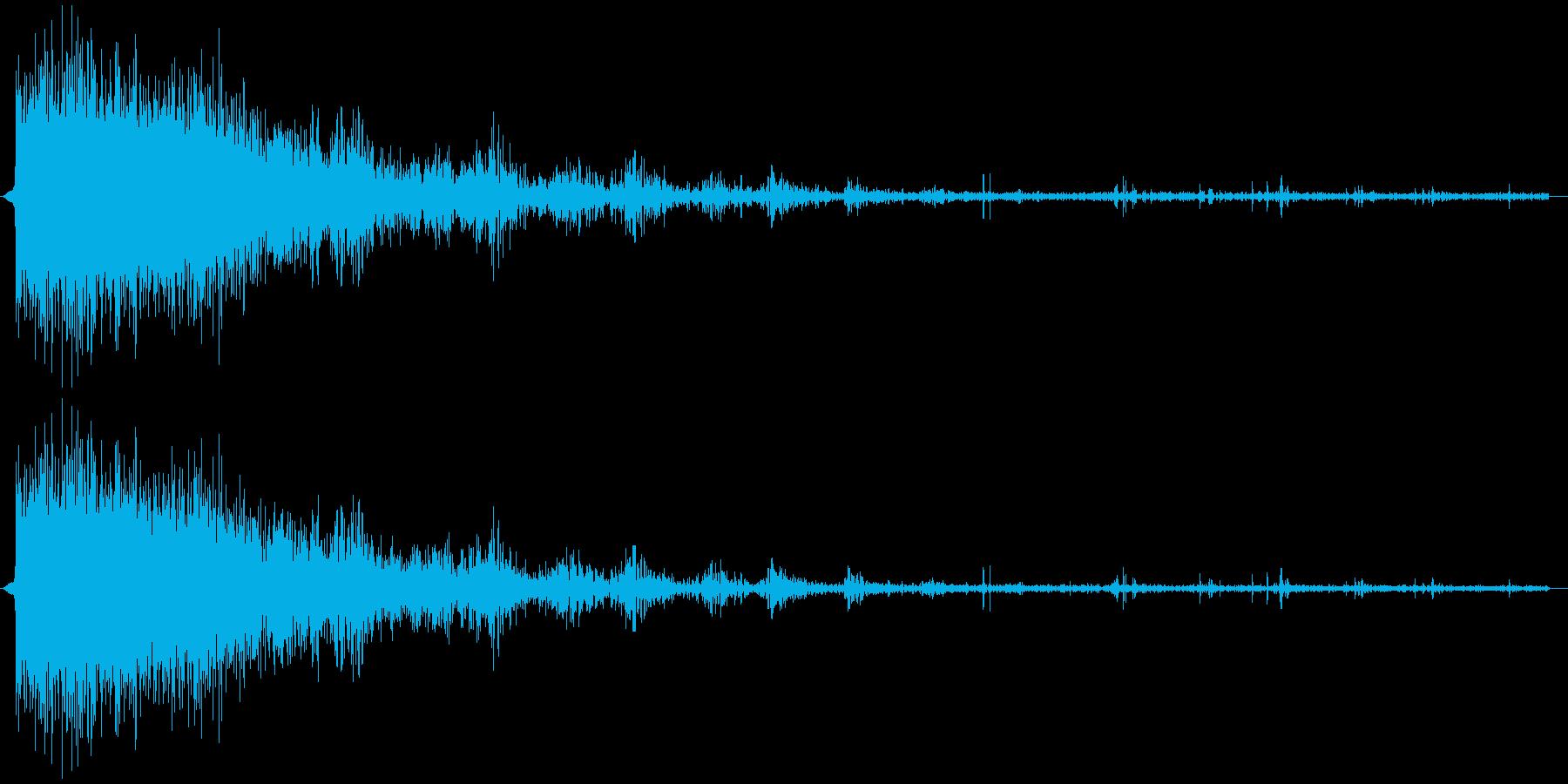 ピシャーン...ゴロゴロ(雷)の再生済みの波形