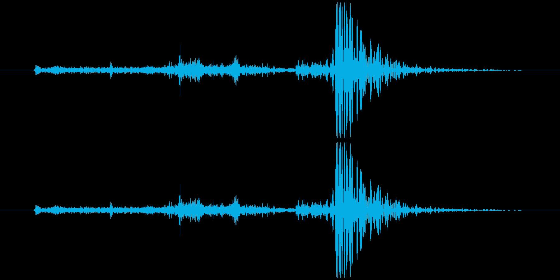 【日常音】傘を開く音の再生済みの波形