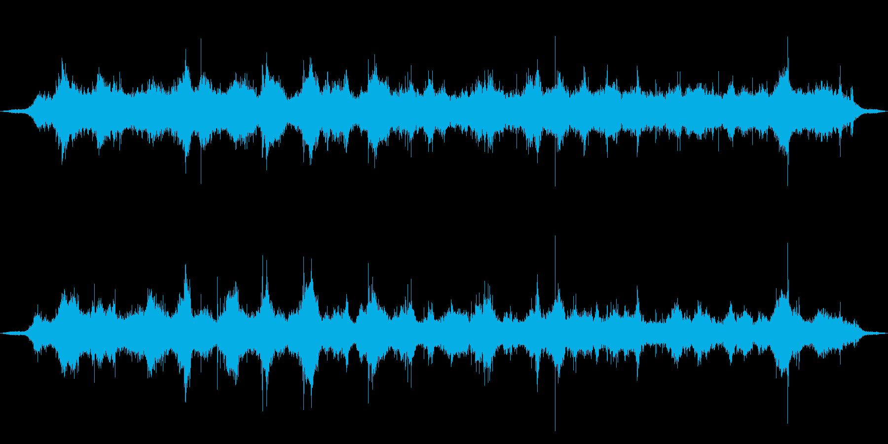 内海の波打ち際、穏やかな波音02の再生済みの波形