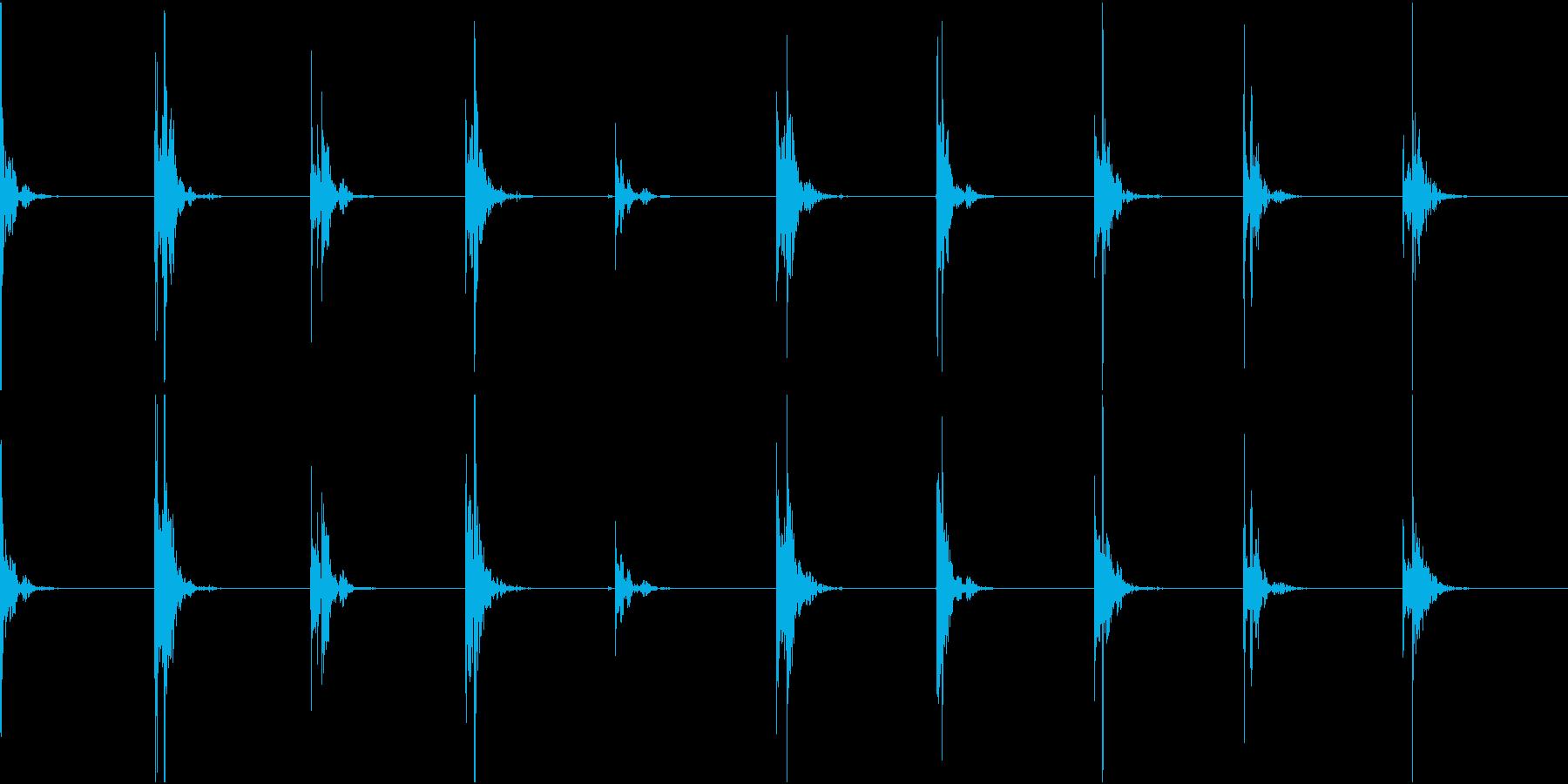【生録音】足音1 スリッパorスニーカーの再生済みの波形