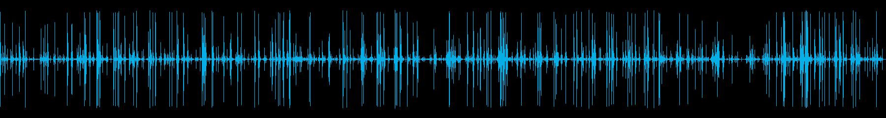 SF的な長い環境音(ピーピピピ)の再生済みの波形