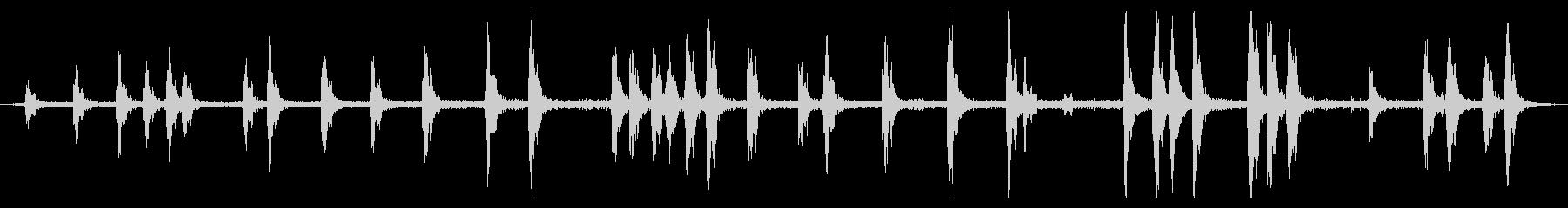 いくつかの犬、最後の2番目の犬の鳴...の未再生の波形