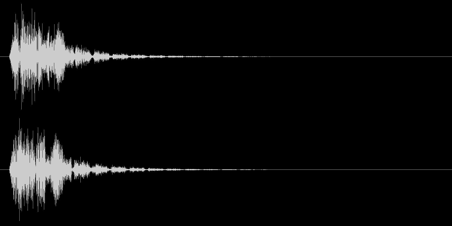 爆発して落下する音の未再生の波形