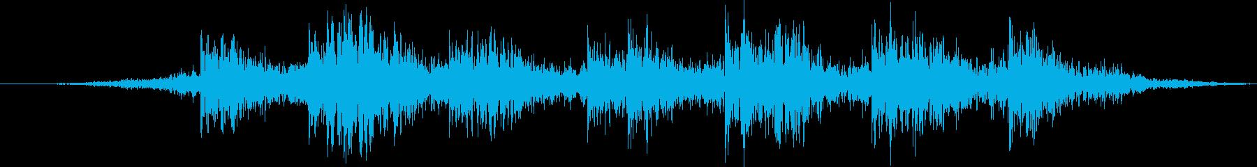 電気旅客列車:橋の下のオーバーヘッ...の再生済みの波形