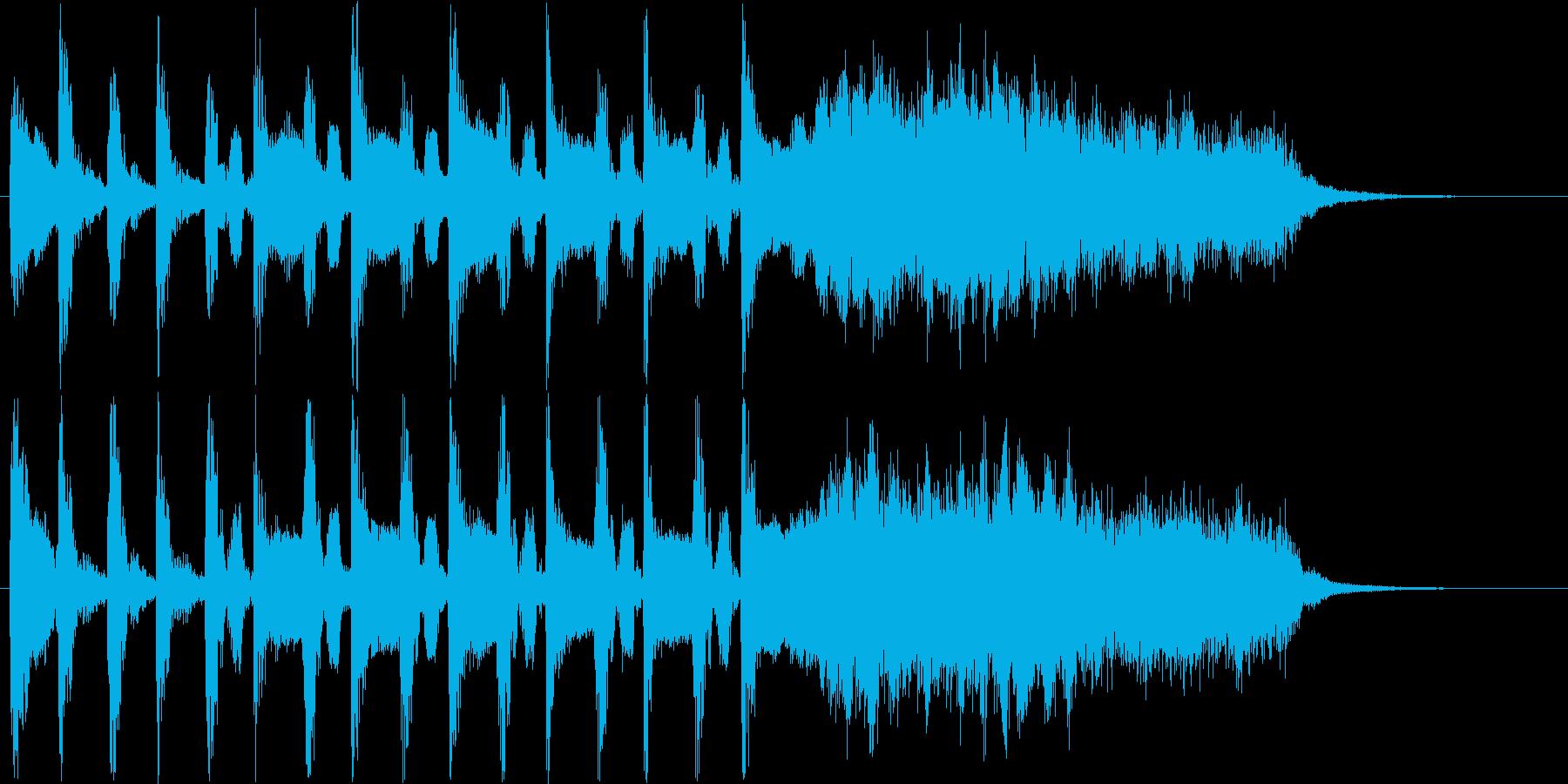 ミステリアスな音階のピアノの効果音の再生済みの波形