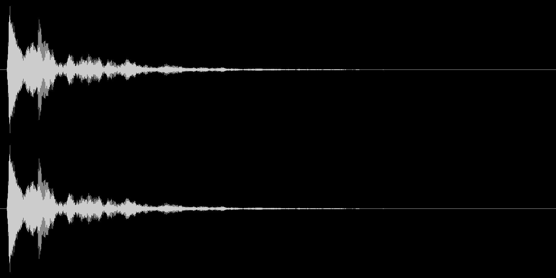 タップ、クリック(軽め打楽器系の音色)の未再生の波形