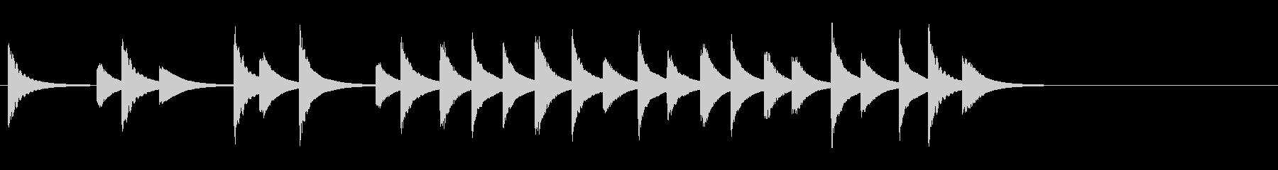邦楽囃子の小さな鉦、松虫の軽快フレーズ音の未再生の波形