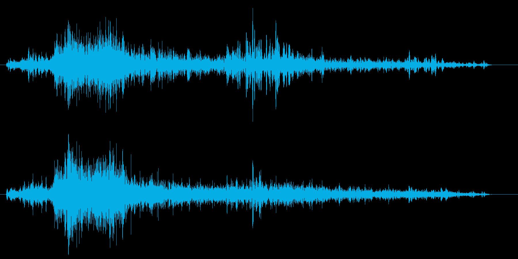 雷(かみなり)の音ですの再生済みの波形