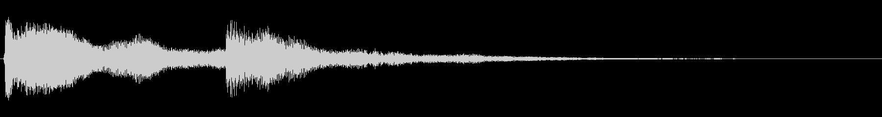 カンカラン(鐘のような金属音)の未再生の波形