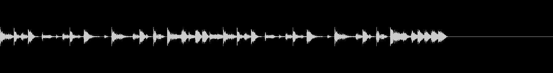 スラップベースと低音が目立つジングルの未再生の波形