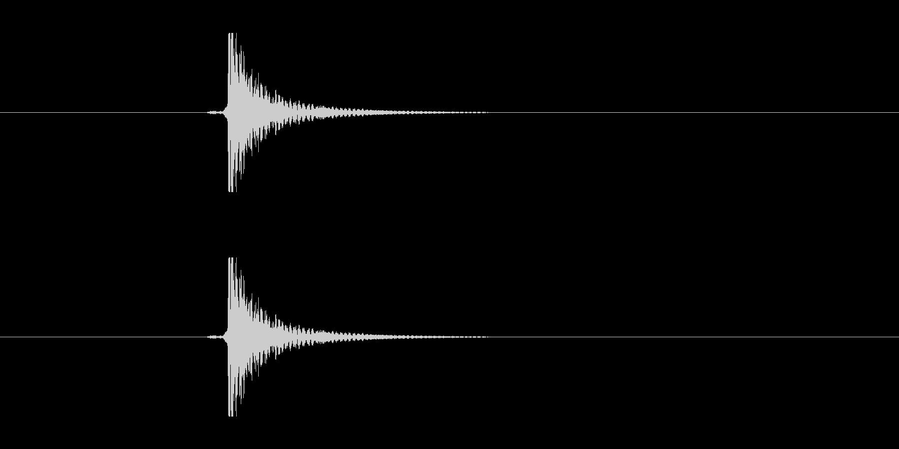 缶のニップルをはじく音の未再生の波形