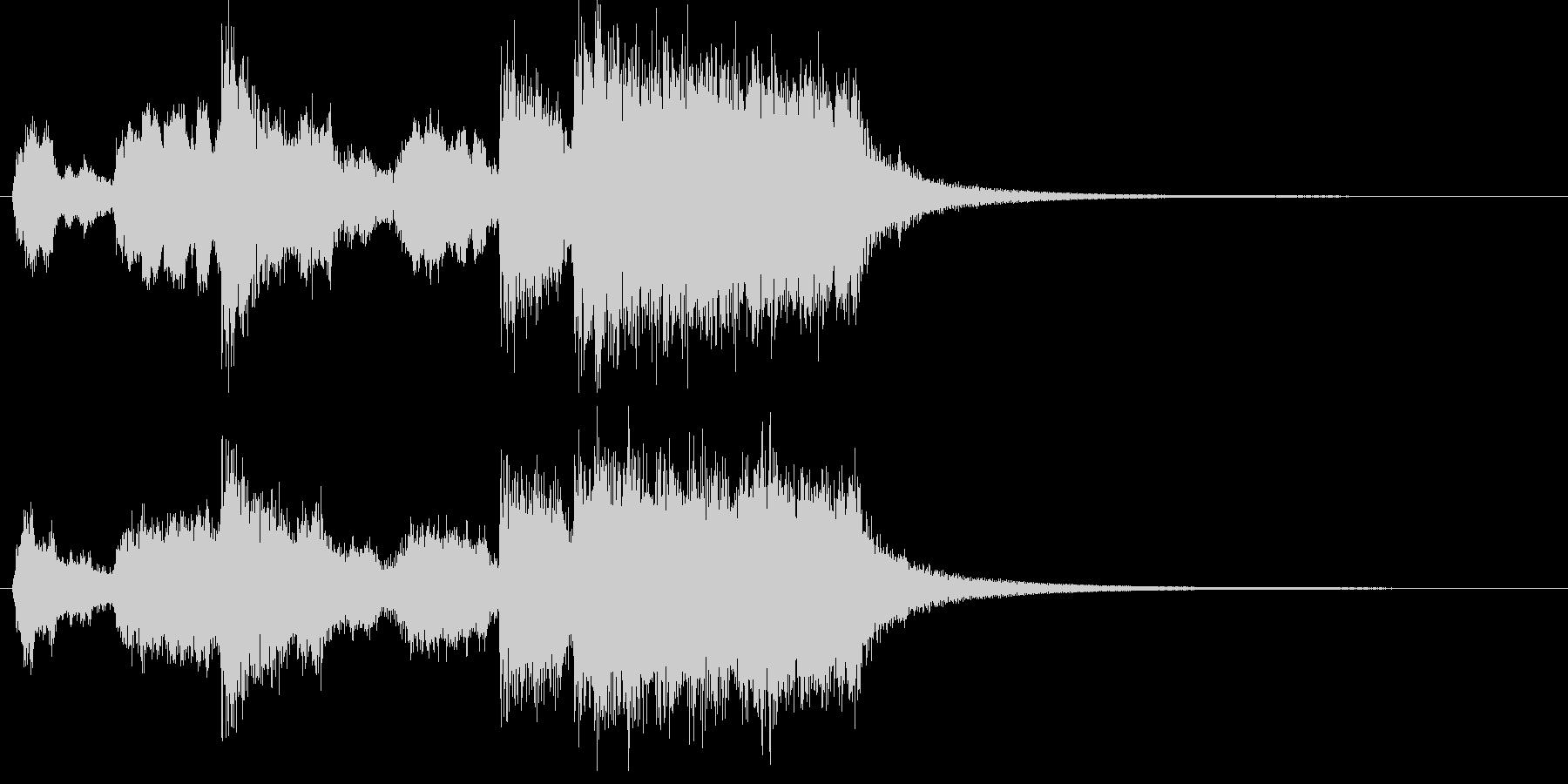躍動感のある金管ファンファーレの未再生の波形