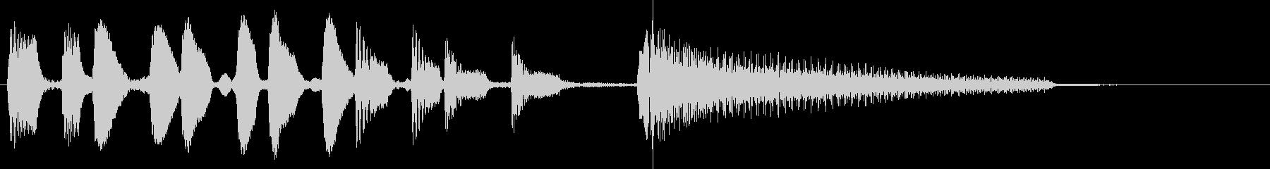 転換やオチにコミカルなジングル、ベースの未再生の波形