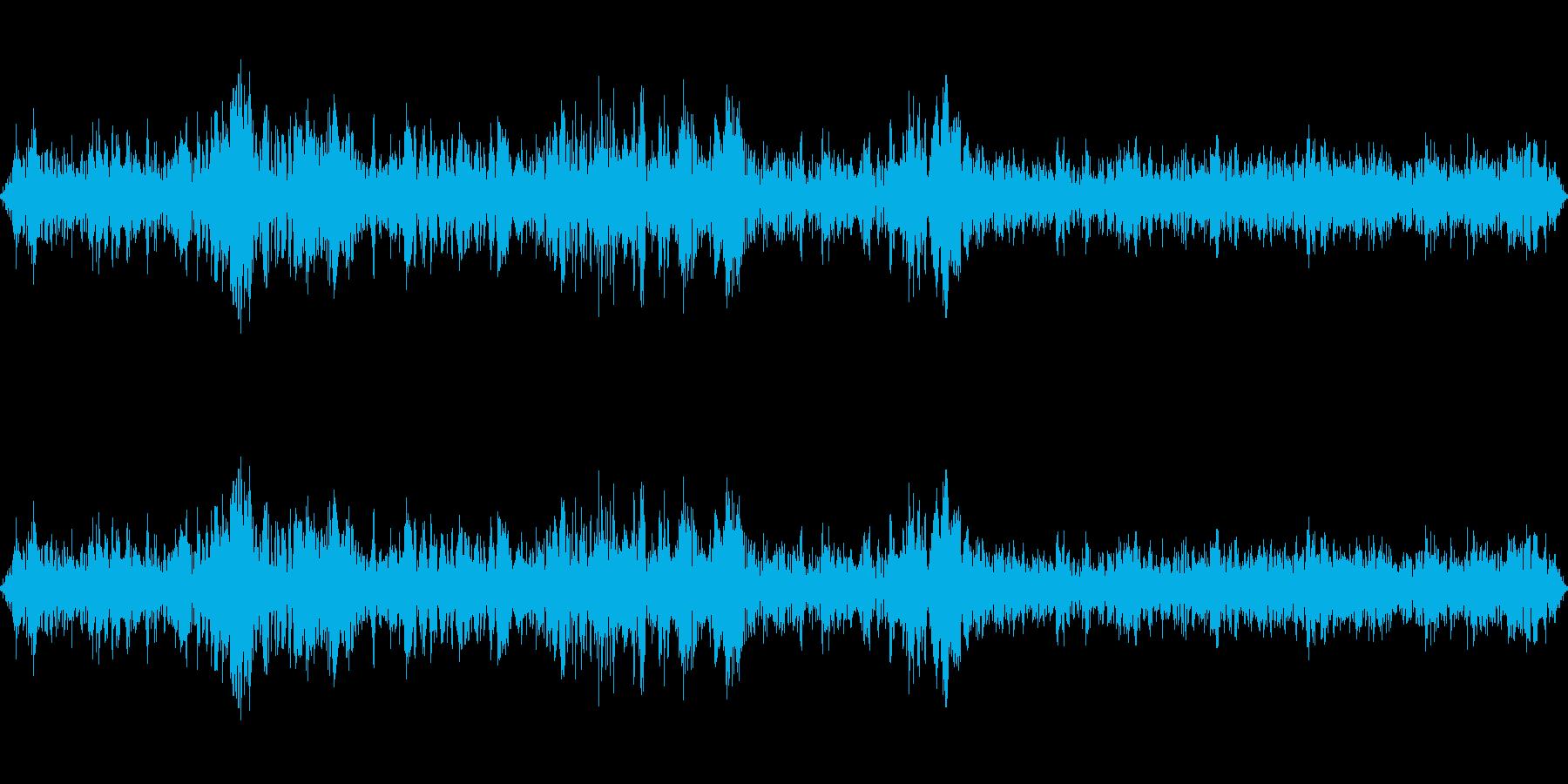 新幹線走行中の再生済みの波形