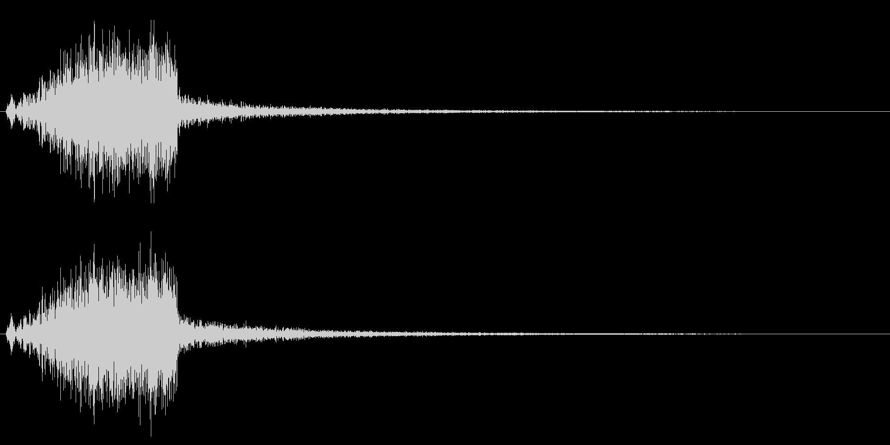ウィシィン、という風を切るような音の未再生の波形