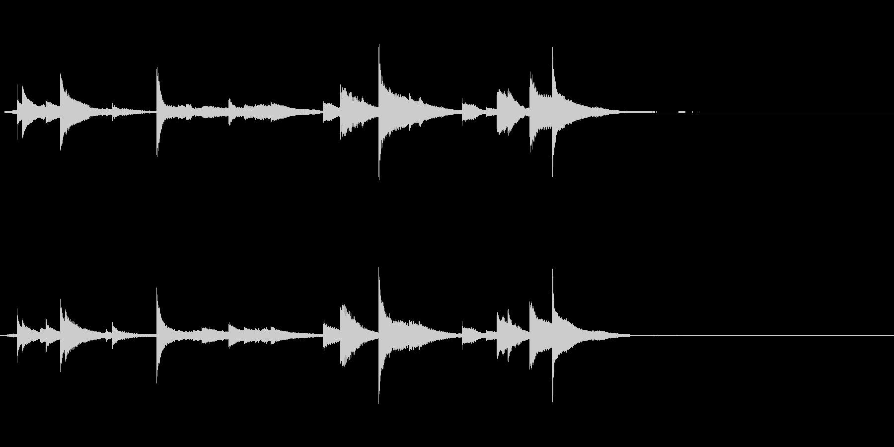 シャララーン…鐘の音色のような金属音2の未再生の波形