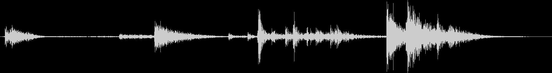 【生録音】装備品の音 金属 武器 2の未再生の波形